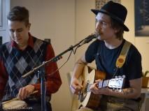 Samoaja (duet) live at Cafe Torpet © Juha Seila