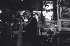 Samoaja (duet) live at Bar Mendocino © Mira Pesonen